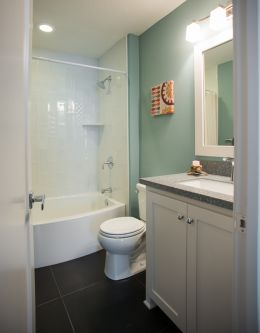 hadley custom home bathroom 2